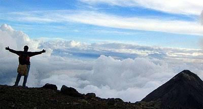 Acatenango en solitario (cuando quieres subir volcanes solo)